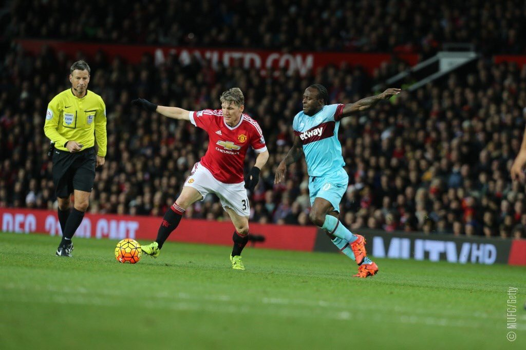 Moses Injured As West Ham Hold United, Arsenal Beat Sunderland