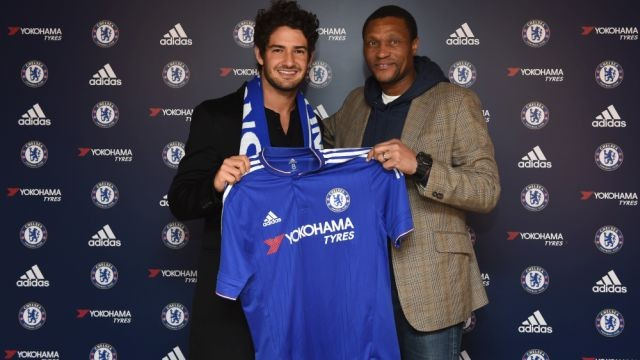 Chelsea Confirm Pato Loan Signing From Corinthians
