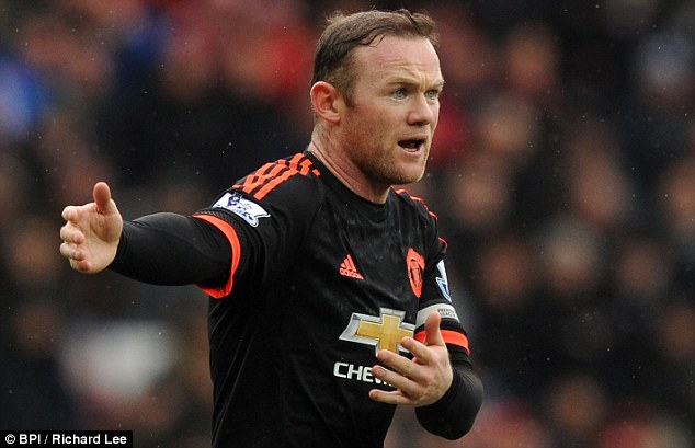 Rooney Could Be Out For Two Months With Knee Injury