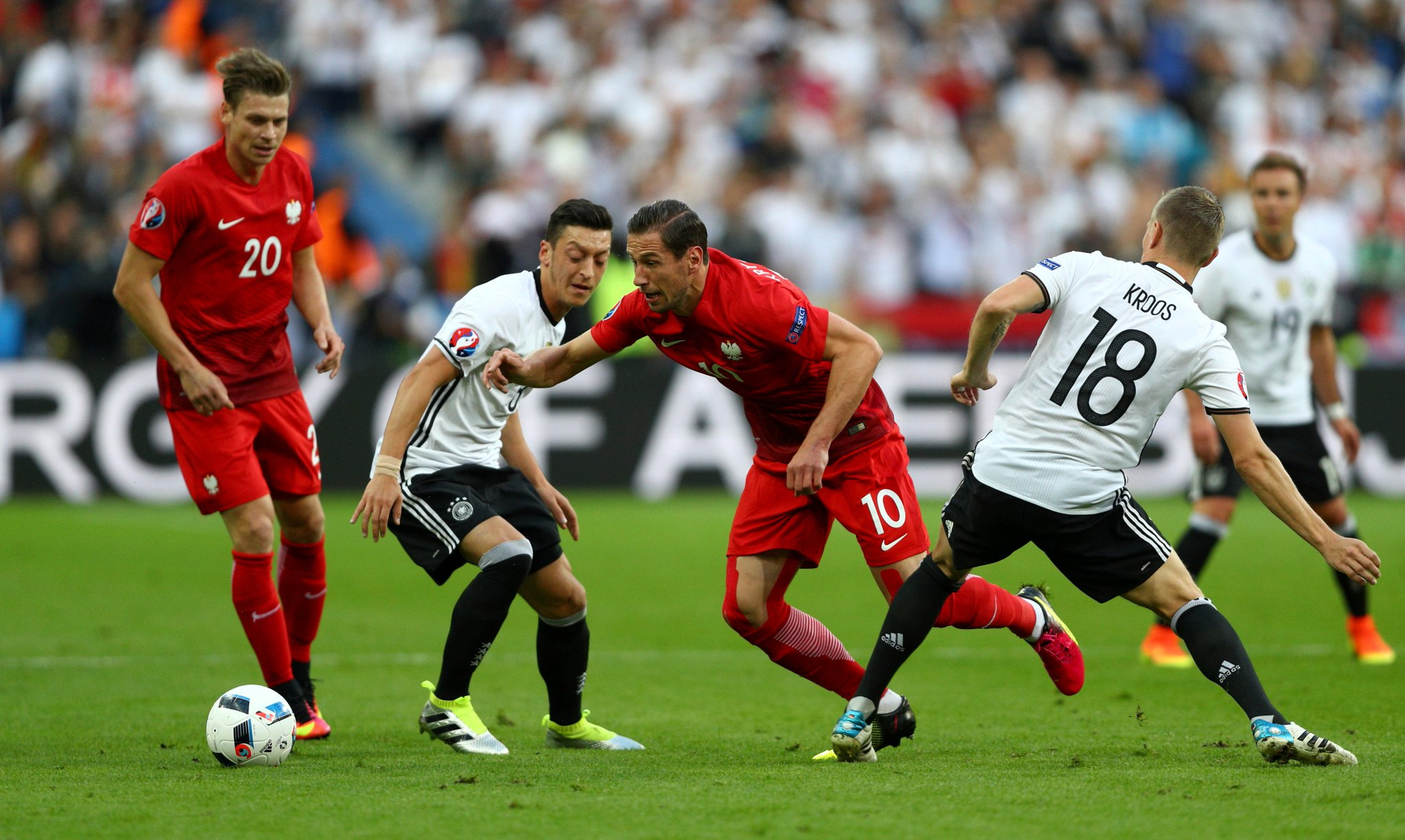 Germany, Poland Play First Euro 2016 Goalless Draw