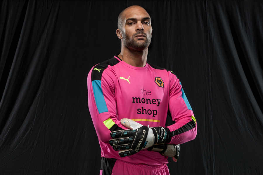 Ikeme Models Wolves' 2016/2017 Goalkeeper Kit