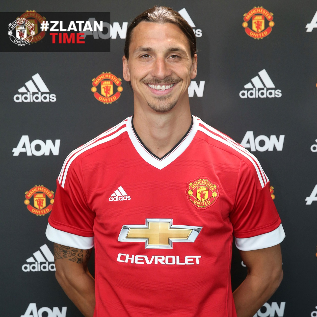 Man United Confirm Ibrahimovic Signing