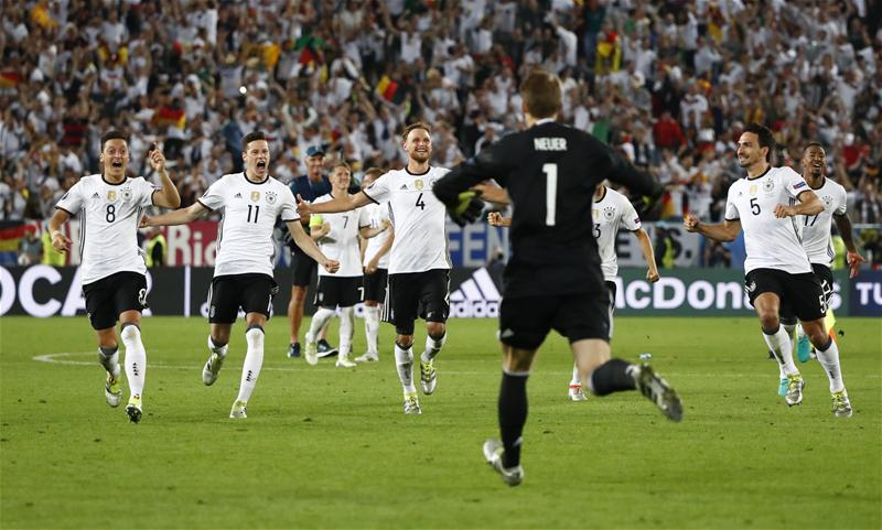 Germany End Italy Hoodoo On Penalties, Reach Semis
