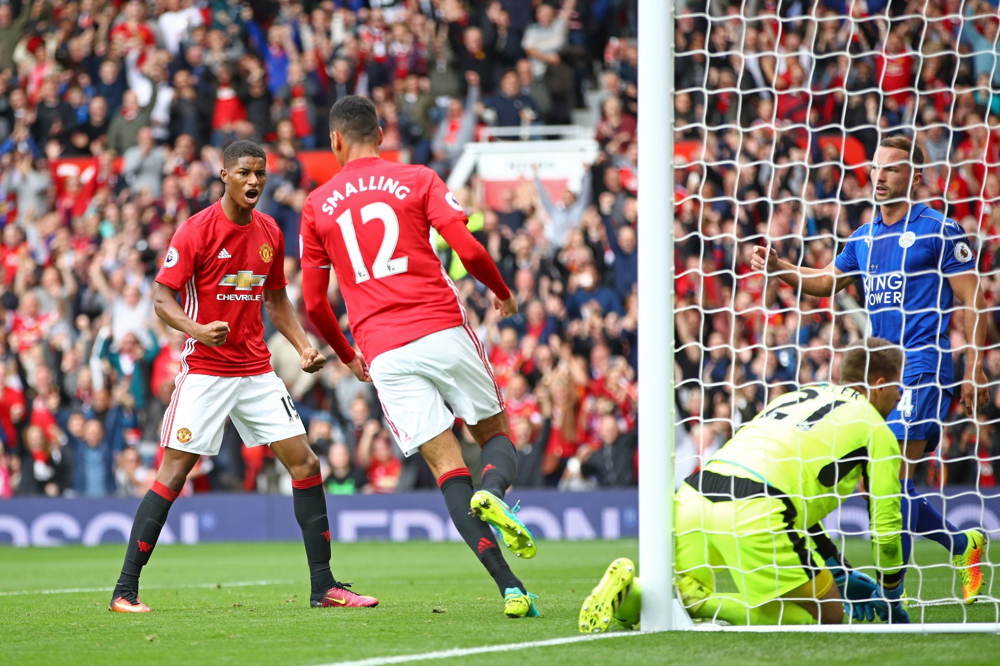 Ranieri Blames Defensive Errors For Leicester Defeat To United