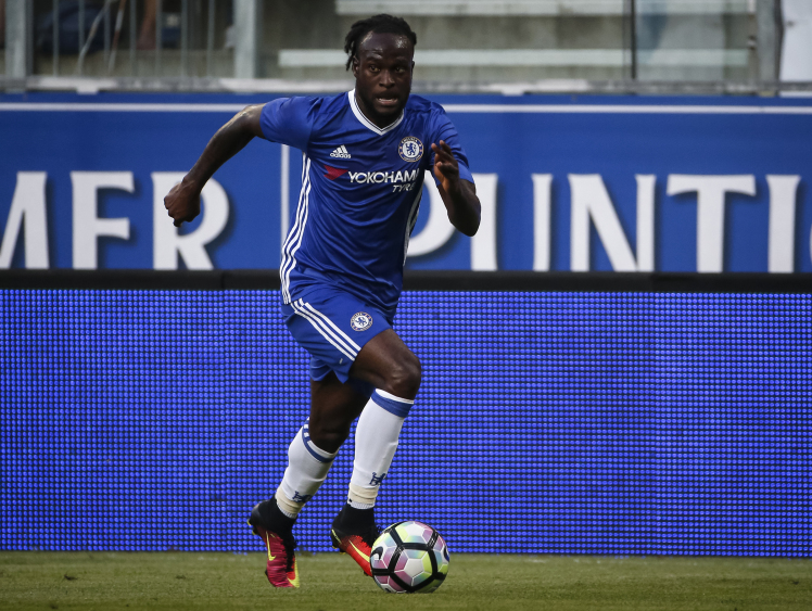 Chelsea Fans Urge Conte To Start Moses Ahead Of Willian Vs Arsenal