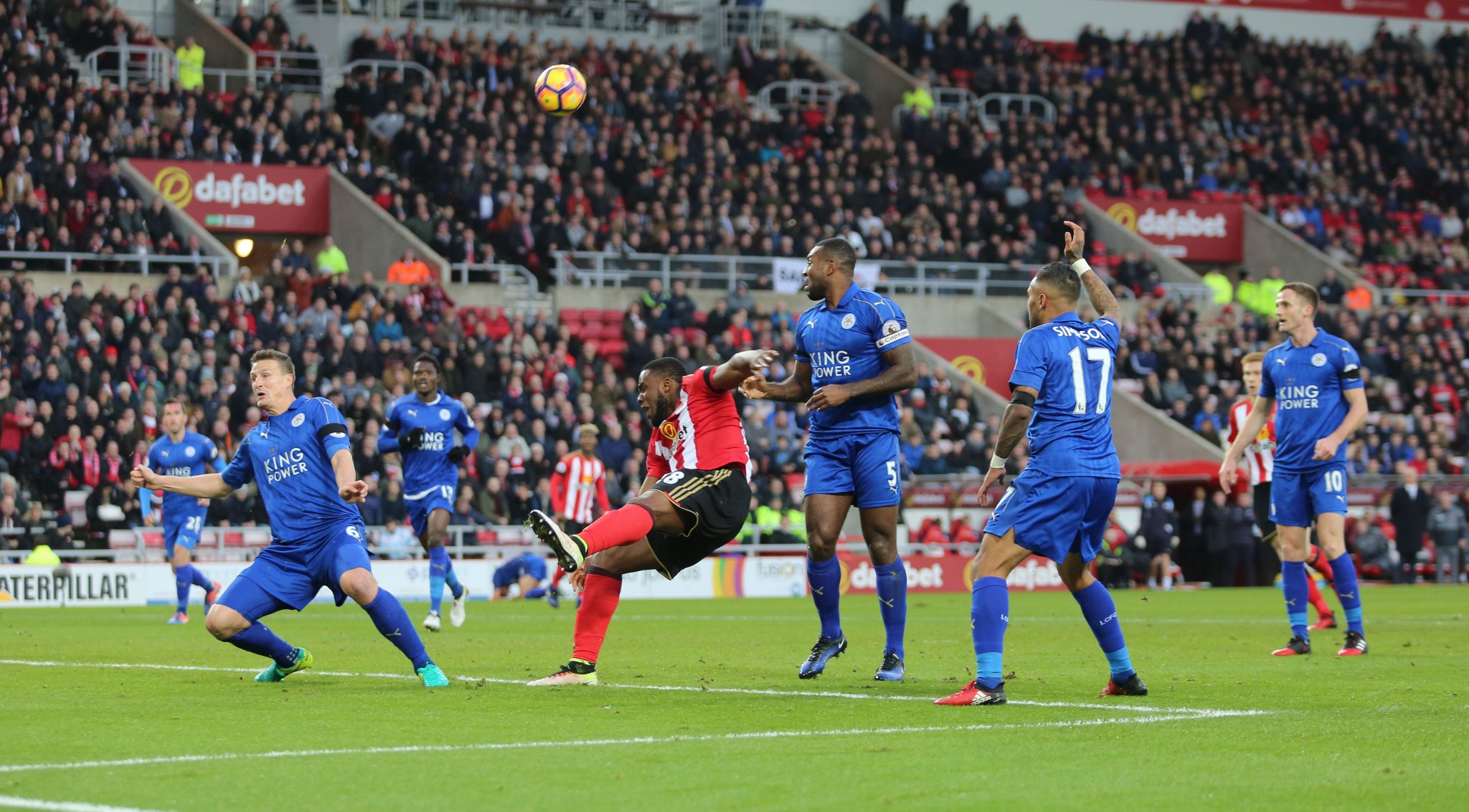 Anichebe Stars As Sunderland See Off Musa's Leicester