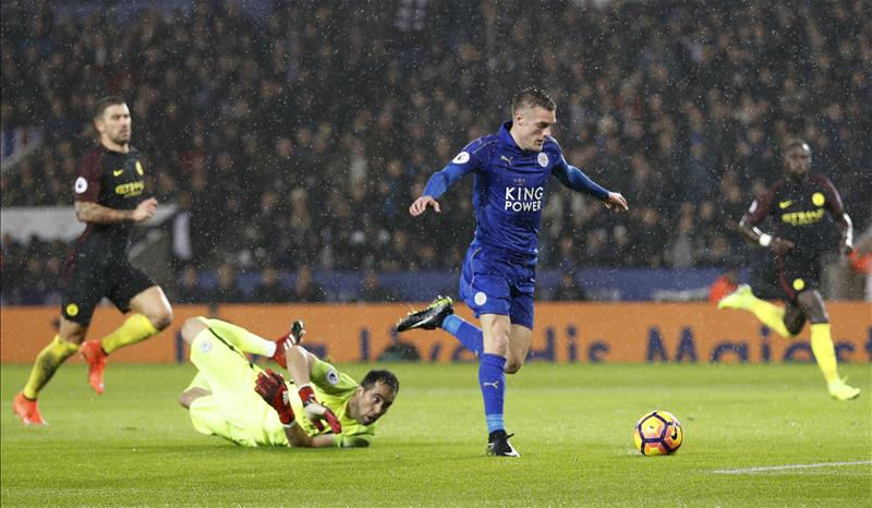 Vardy Fires First Leicester Hat-trick As Iheanacho Falls With City
