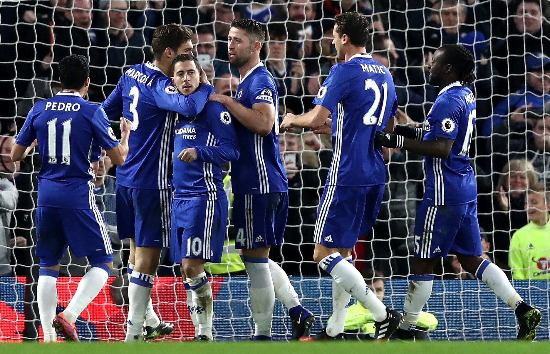 Moses Stars As Chelsea Set Record, Anichebe Can't Save Sunderland Vs United