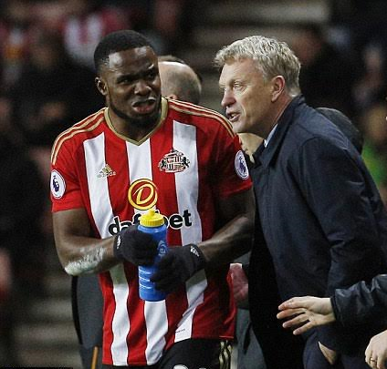 Anichebe Sees Specialist In USA, Moyes Eager For Striker's Quick Recovery