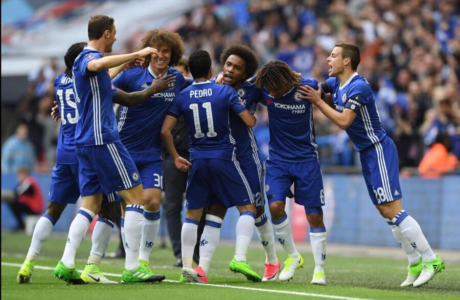 """Moses Hails Chelsea's """"World's Best Fans"""" After FA Cup Win"""