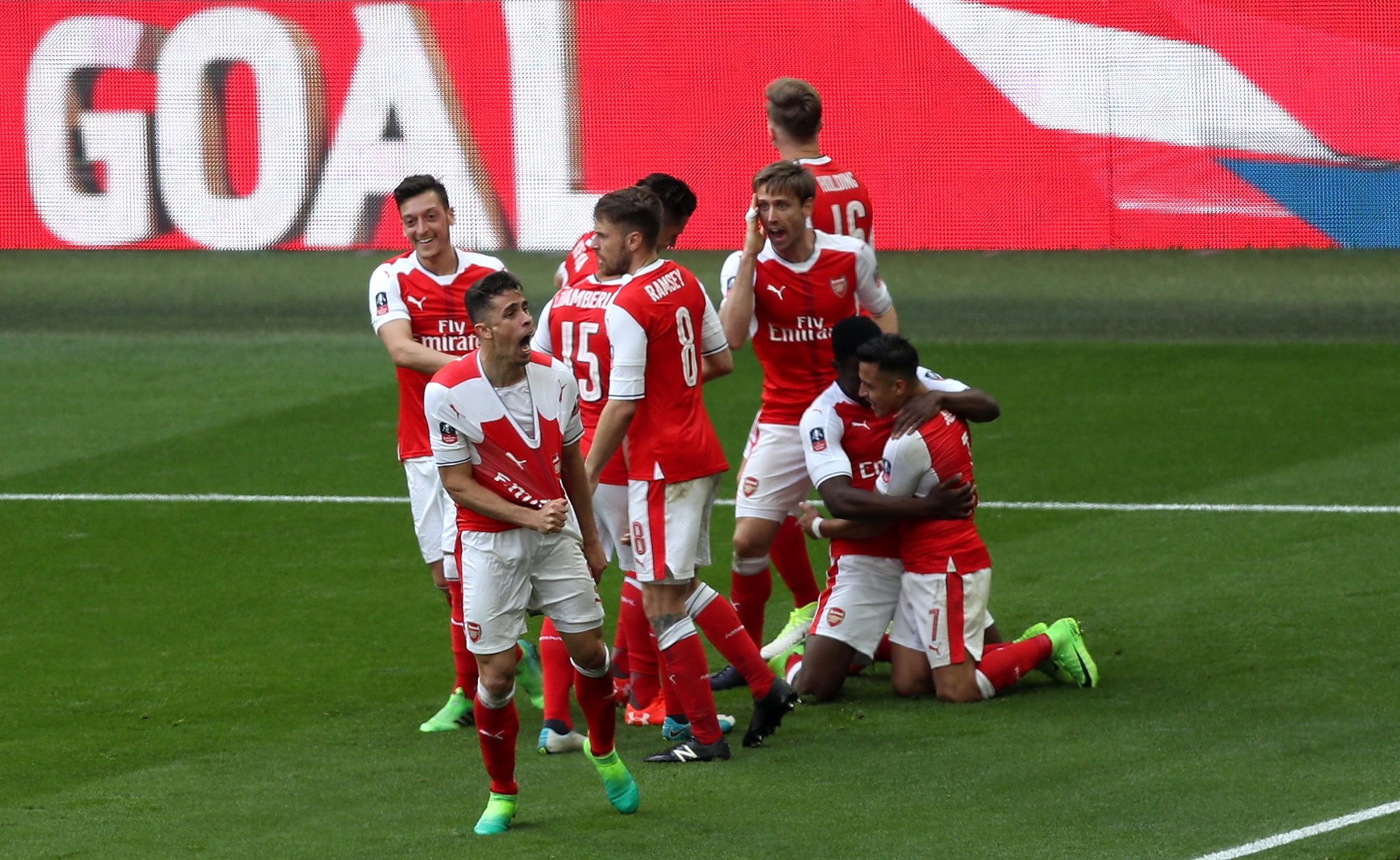 Iwobi Benched, Iheanacho Subbed On As Arsenal Reach FA Cup Final