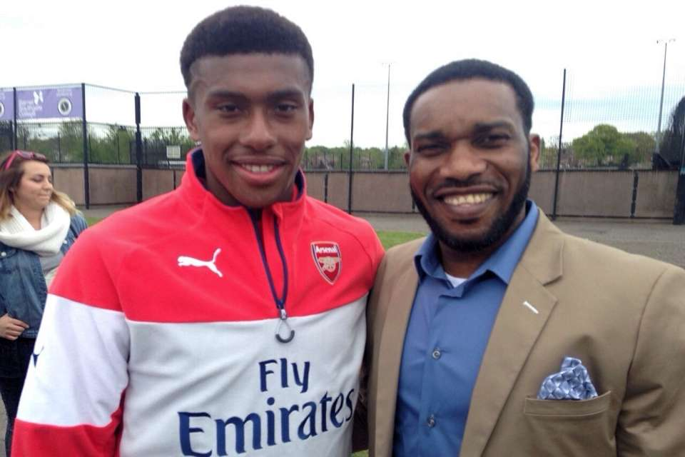 Okocha Wants Iwobi To Stay And Fight For Arsenal Shirt, Set For Ex-EPL Stars Tourney