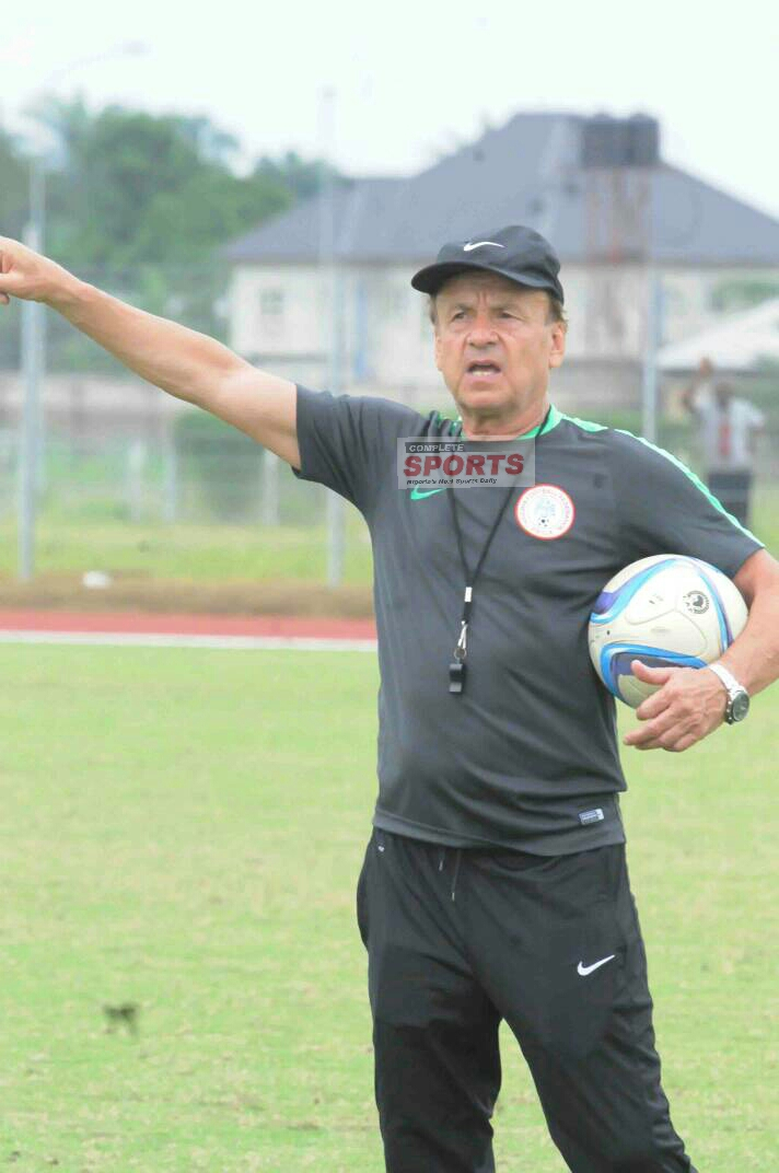 Rohr, 18 Eagles To Arrive In Uyo Today