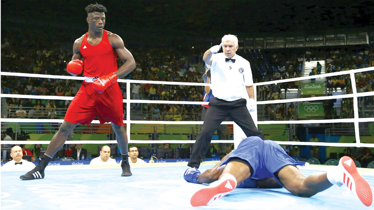 Ajagba, Apochi Stun Opponents On Pro Boxing Debuts In USA