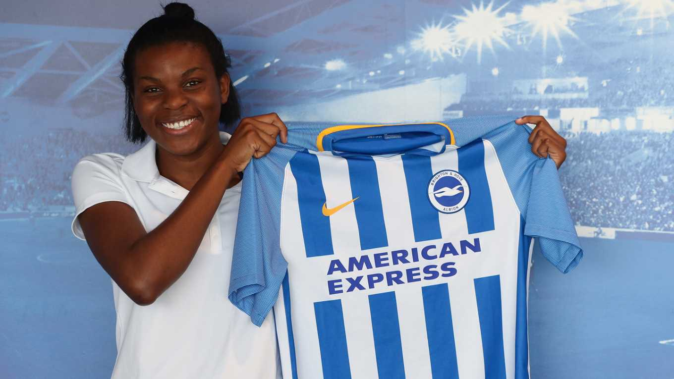 Brighton Ladies Sign Super Falcons Striker Umotong From Oxford United