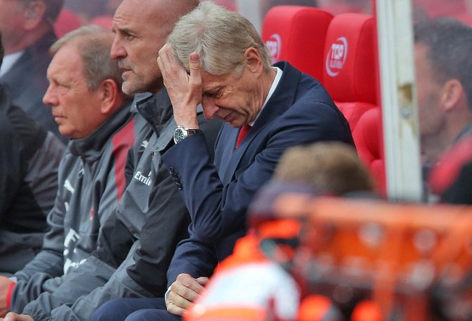 Wenger Blames Defenders, Referee, Bad Luck For Stoke Defeat