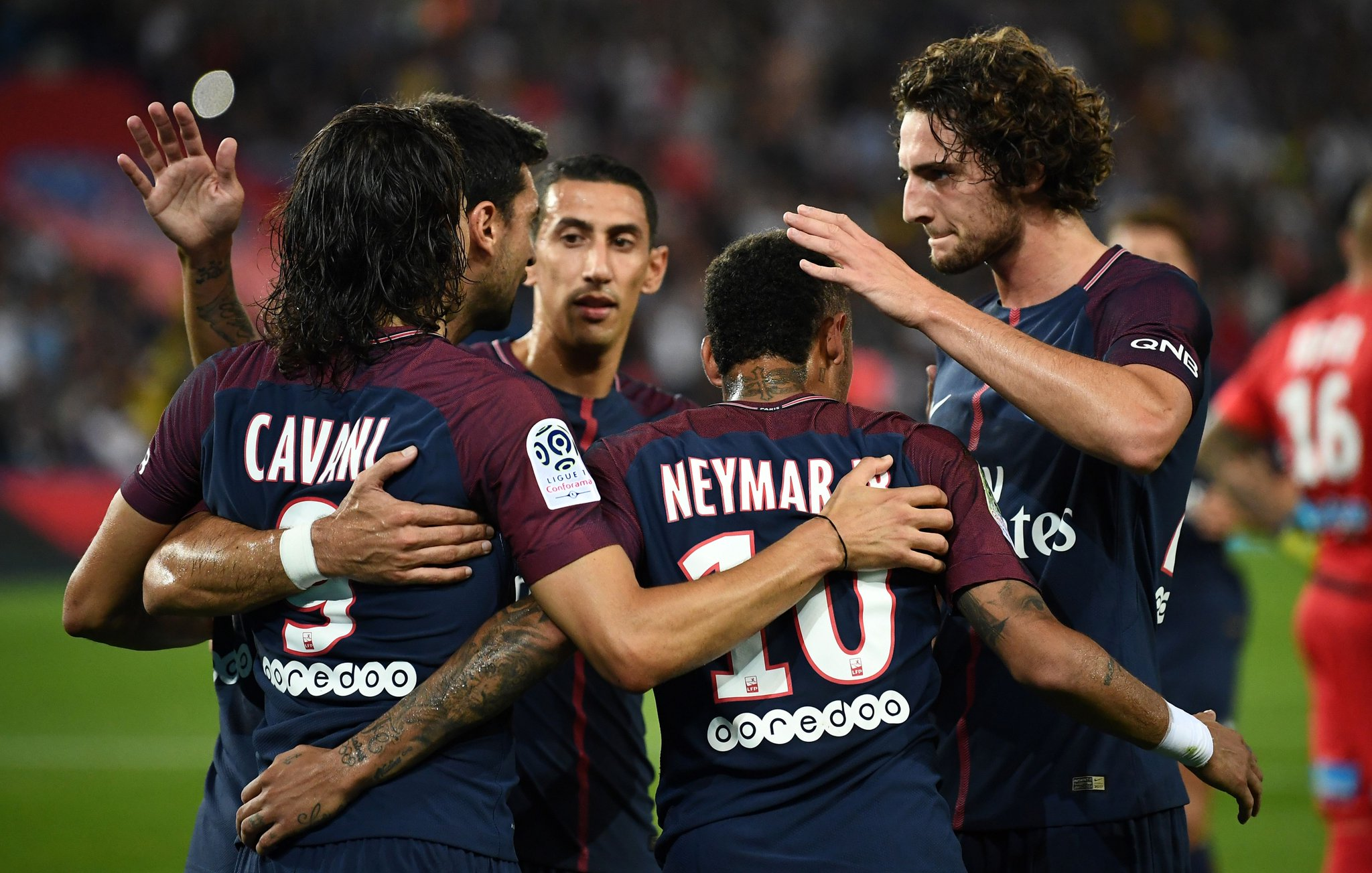 Neymar Fires Blanks As PSG Cruise Past St Etienne