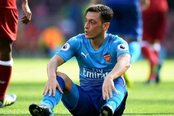 Ozil Begs Arsenal Fans After Liverpool Disgrace, Vows To Bounce Back