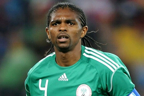 Kanu Confident Super Eagles Will Beat Cameroon, Urges Nigerian Fans Massive Support