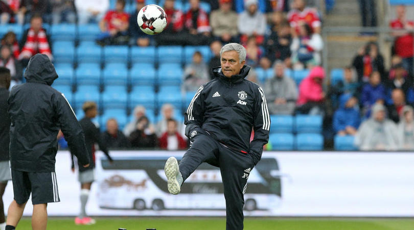 Mourinho Hoping To Sign One More Player To Complete Manchester United Team