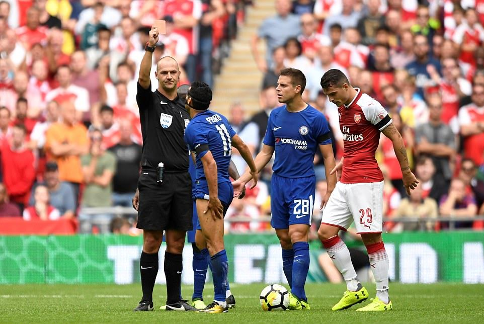 Graham Poll Says Pedro Red Card Was Correct Decision By Referee Madley