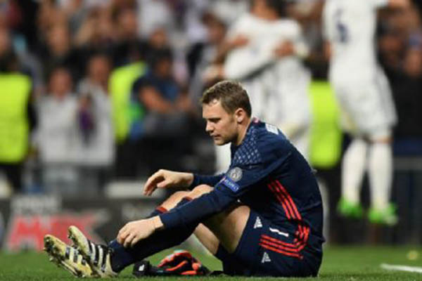 Bayern's Neuer Out With Injury Until January