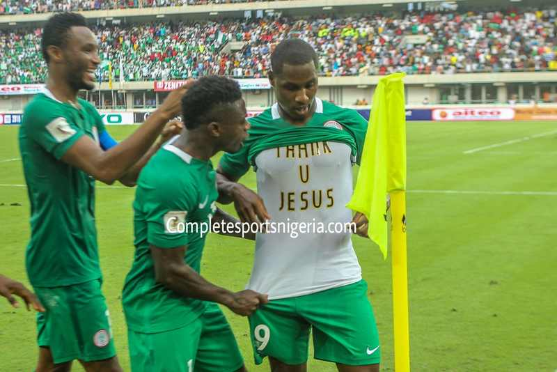 Mikel, Moses Star As Super Eagles Destroy Cameroon