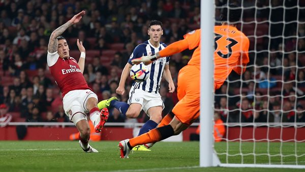 Pulis Blames Officiating For West Brom Defeat To Arsenal