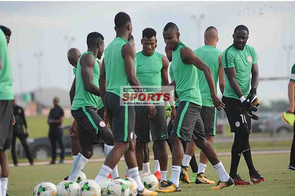 Akpoborie: Nigeria Under Pressure To Qualify For Russia 2018, Not Zambia