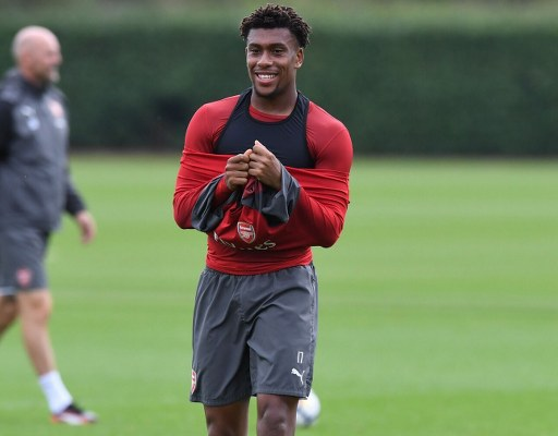 Iwobi 'All Smiles And Ready' To Sink Watford