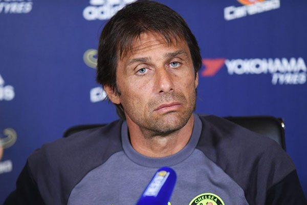 Chelsea Finally Sack Conte, Set To Name Sarri New Manager
