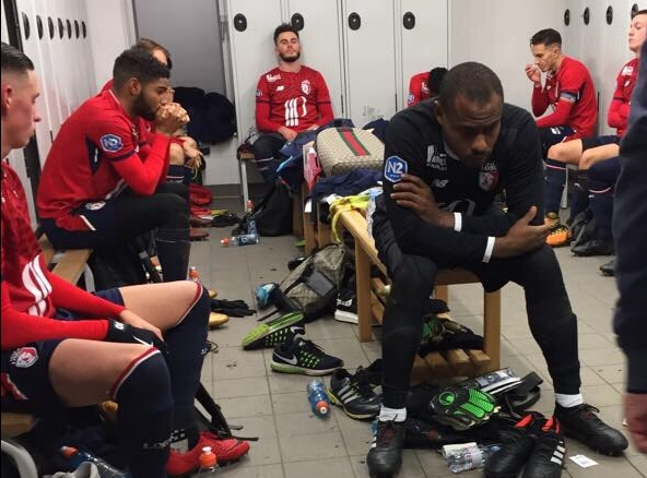 Enyeama Plays First Game Since April For Lille Juniors, Celebrates