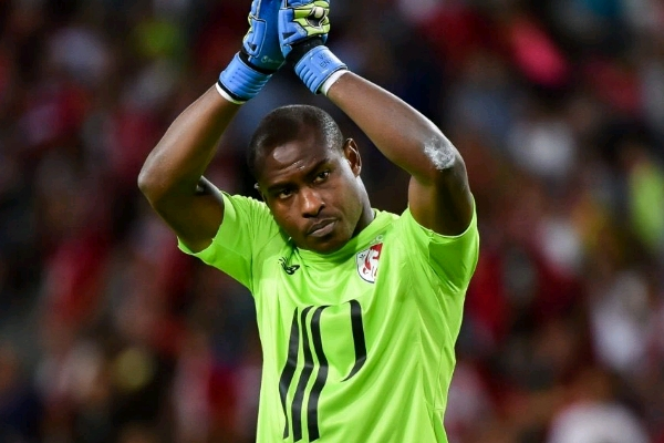 Enyeama Set To Join French Club Angers