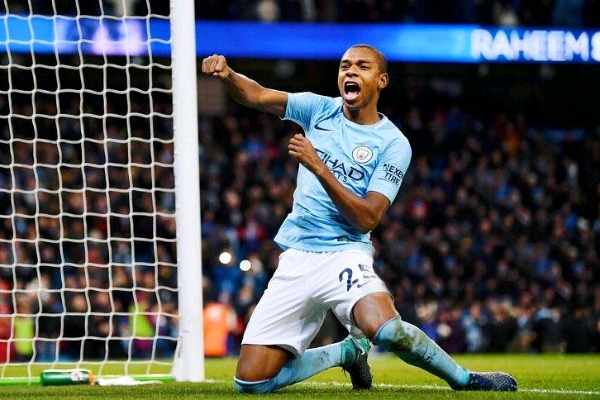 Fernandinho Signs New Two-Year Contract With Manchester City