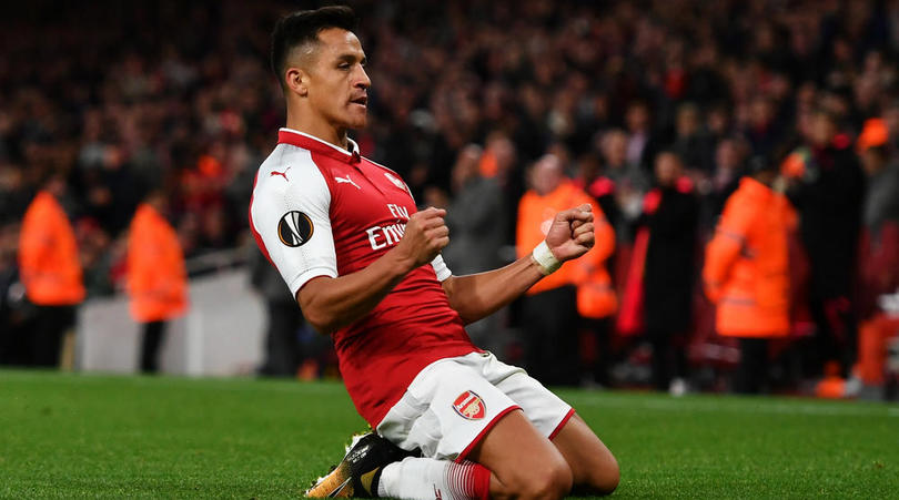 """Neville: Sanchez Would Be """"Unbelievable Signing"""" For United Like Cantona, Van Persie"""