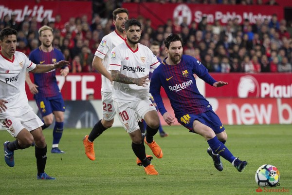 Suarez, Messi Preserve Barcelona's Unbeaten Run In Dramatic Sevilla Clash