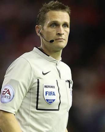 EPL Ref Pawson To Officiate Super Eagles Vs Serbia Friendly