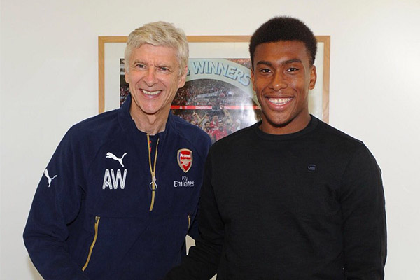 """Iwobi """"Forever Grateful"""" To Wenger For Influence On Career"""