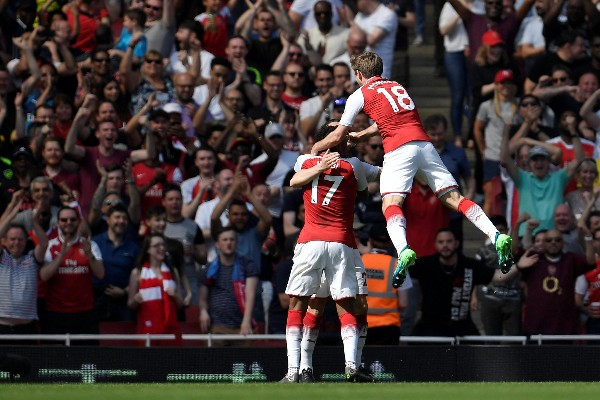 Iwobi Starts As Arsenal Thrash West Ham; Burnley Hold Stoke