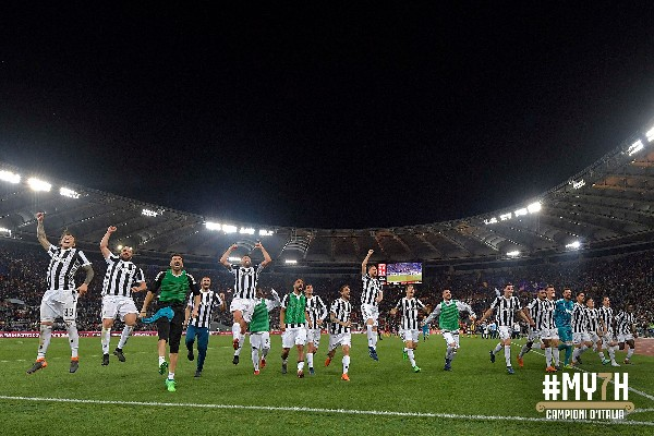 Juventus Clinch Seventh Straight Serie A Title After Roma Draw