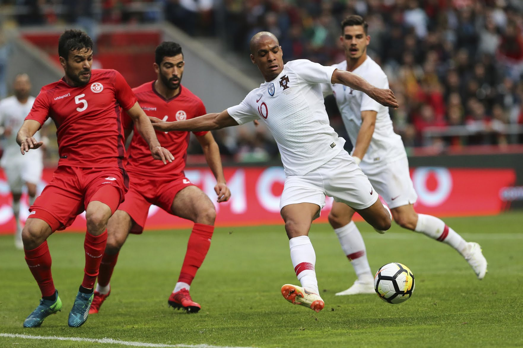 Int'l Friendlies: Tunisia Hold Portugal, Balotelli Scores In Italy Win, France Edge Ireland