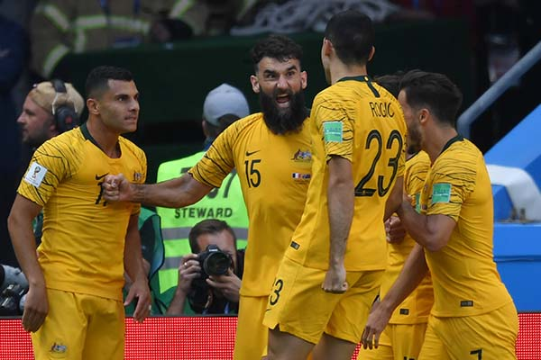 "Australia's Marwijk, Jedinak ""Disappointed"" After Defeat To France"