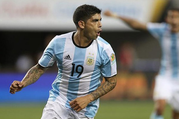 Argentina's World Cup Injury Crisis Deepens With Banega In Fitness Race