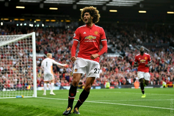 "Mourinho ""Very Happy"" As Fellaini Signs New Man United Deal"