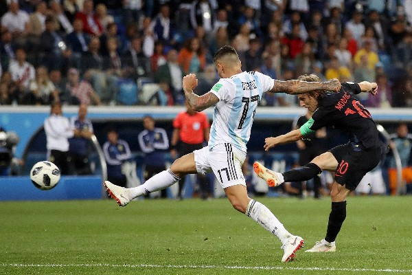 Russia 2018: Croatia Advance, Argentina Face Early Exit After Thrashing