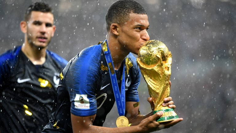 Mbappe Commits Future To PSG Amid Real Madrid Interest