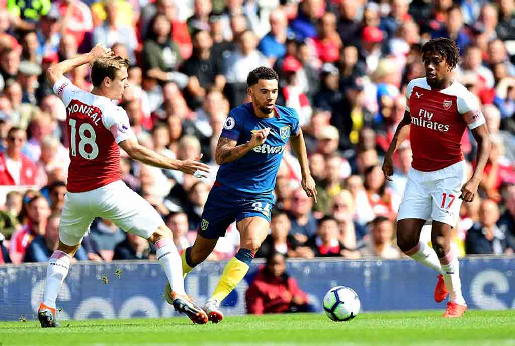 Iwobi Subbed Off In Arsenal Win Over West Ham; Ndidi, Iheanacho Win With Leicester ‎