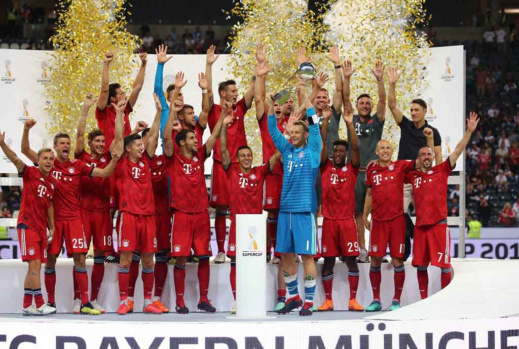 Lewandowski Fires Hat-trick As Bayern Destroy Frankfurt To Lift German Super Cup