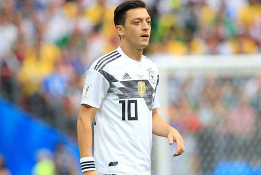 Germany Coach Low Slams Ozil Over Dramatic Retirement