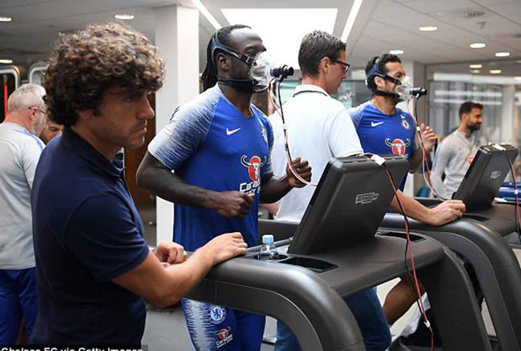 Moses Undergoes Thorough Fitness Tests With Chelsea Teammates